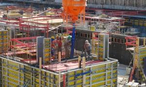 Como lidar com a falta de espaço na execução de fundações