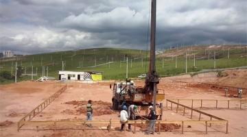 Escavação mecânica